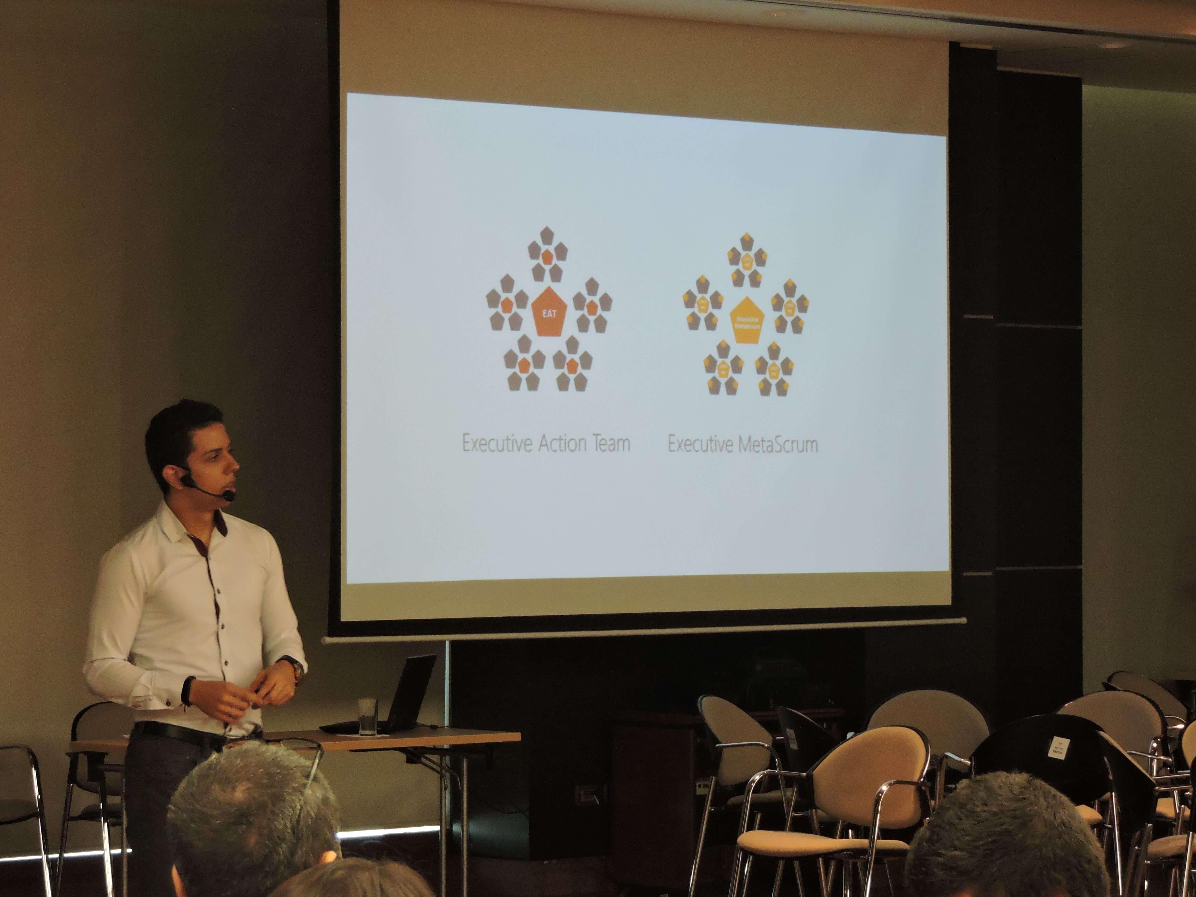 Acerca de Andrés Salcedo